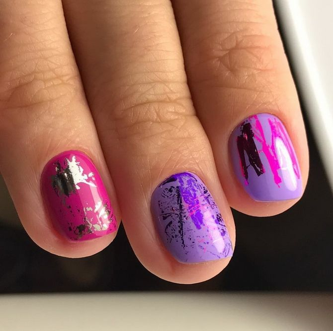 Bright design of short nails