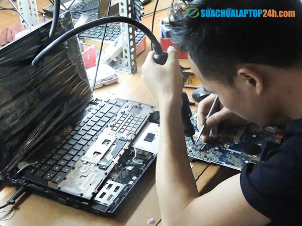 sua-chua-laptop-khong-gian-2