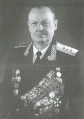 """Генерал КГБ Александр Сахаровский (1909-1983) решил победить """"американский сионизм"""""""