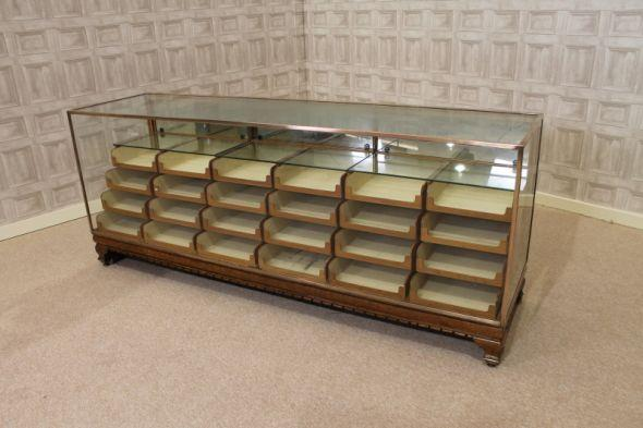 ANTIQUE SHOP FITTINGS UK | Peppermill Interiors