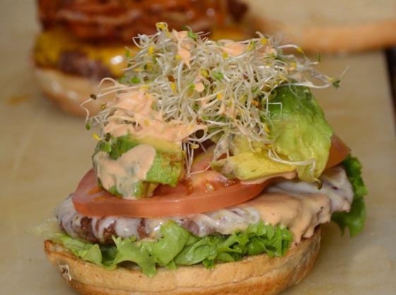 C:\Users\kimi\Desktop\Off-the-Record-Avocado-Burger.jpg