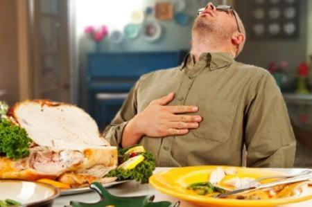 Kết quả hình ảnh cho ăn quá nhiều thực phẩm