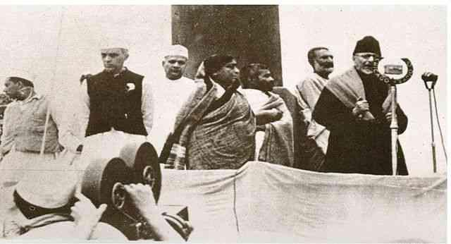 C:\Users\Chandraguru\Pictures\Abul Kalam azad\Scroll article\1940 Ramgarh Session.jpg