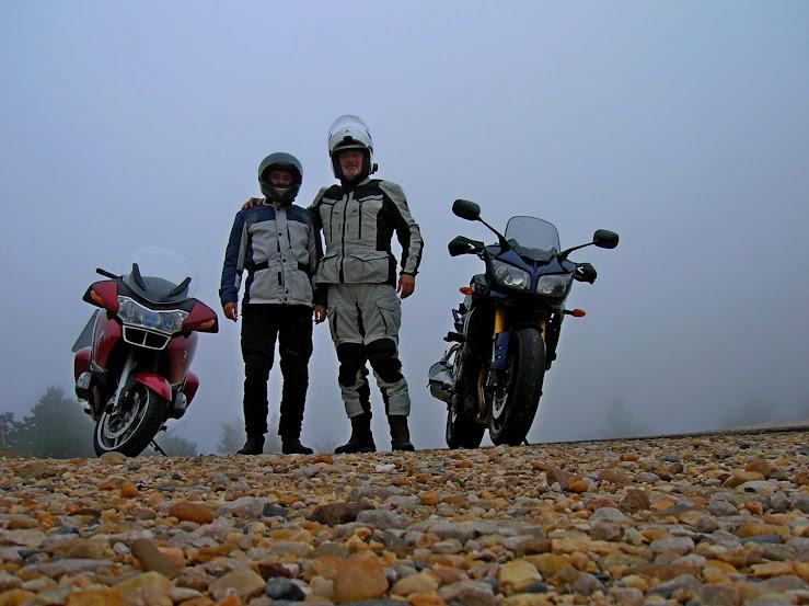 Un paseo por las nubes de Los Pirineos.. IR0XUE5pJdcmVAStLIuND2mOKKNW8-bctDhdyyumg3a_=w739-h553-no
