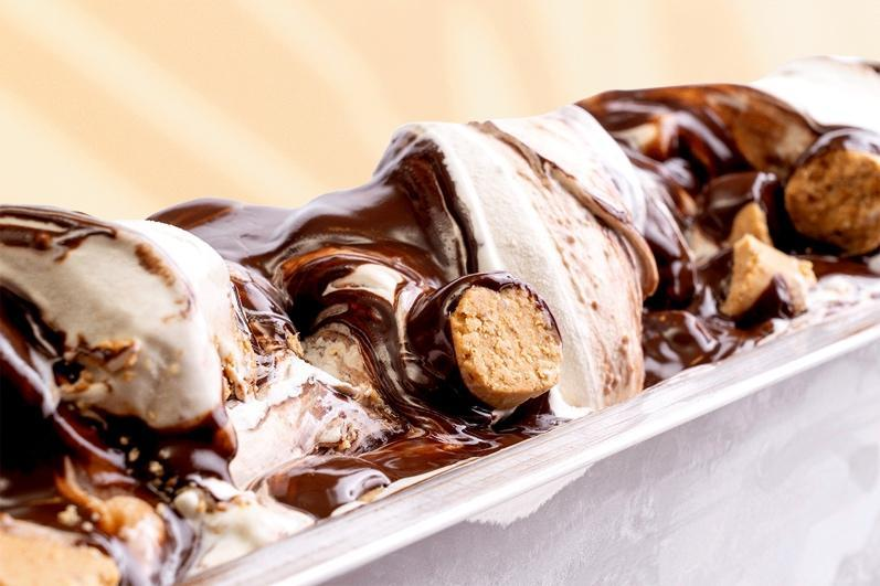 Sobremesa de chocolate Descrição gerada automaticamente com confiança média
