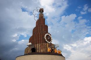 からくりハト時計塔「果夢林」