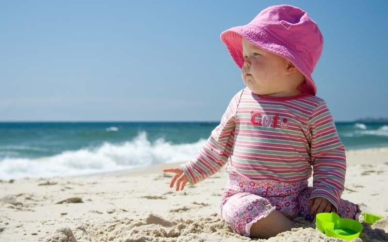 La guía definitiva para llevar a los bebés a la playa 0