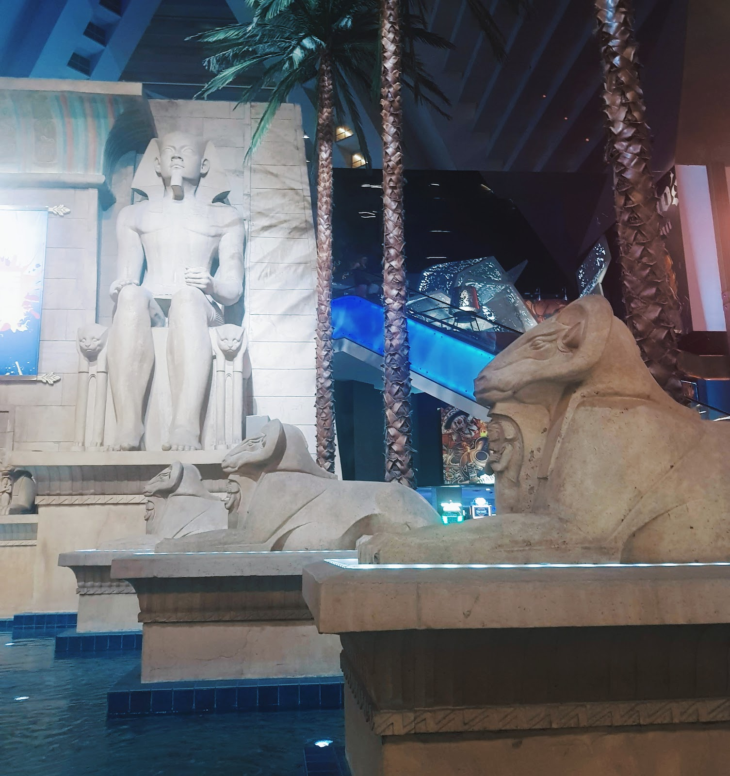 מלון לוקסור LUXUR LUXOR מצרים