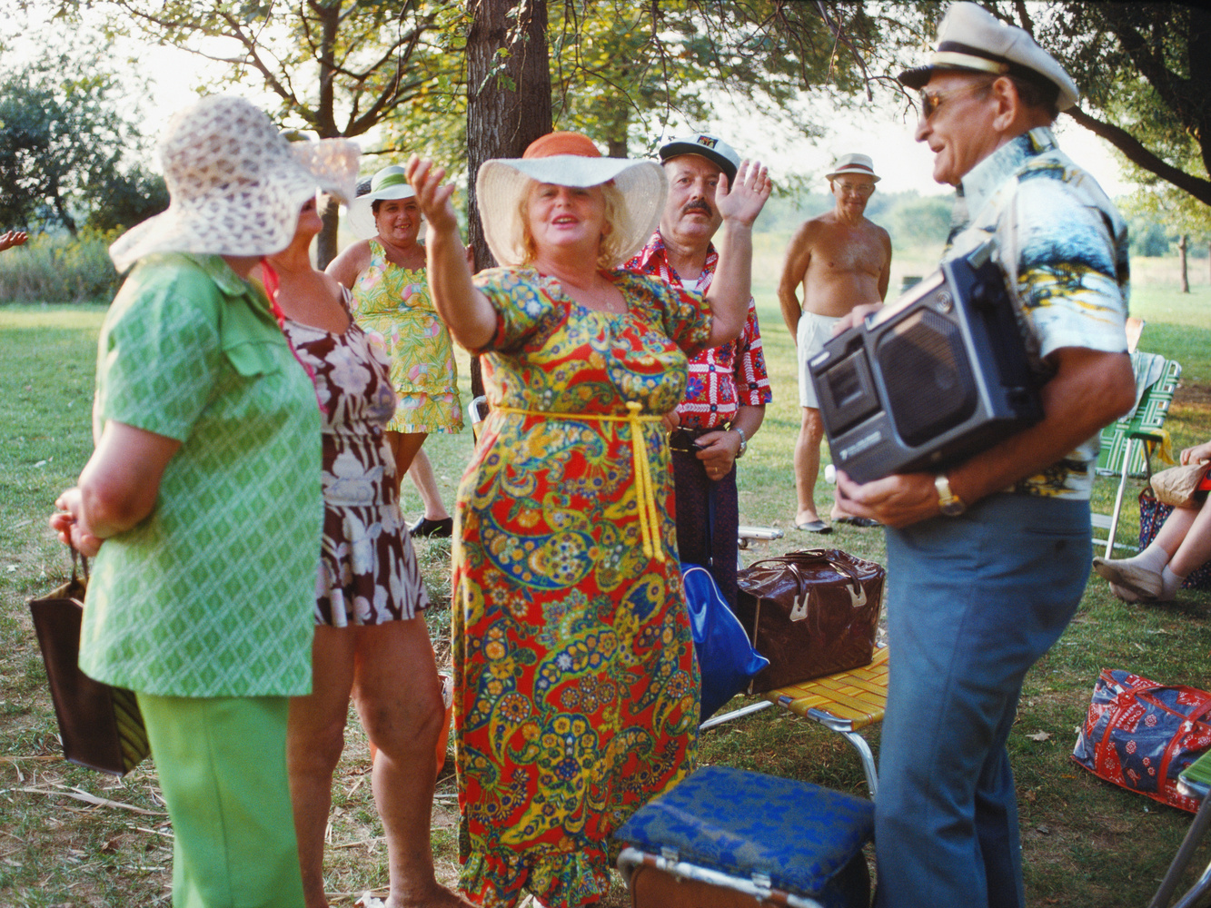 Joyce Dopkeen garden party