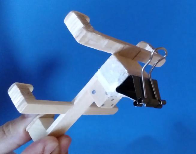 DIY Phone Holder Popsicle Sticks