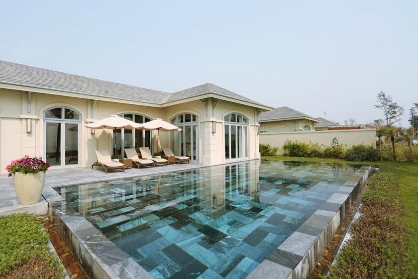 Bể bơi riêng của FLC Luxury Resort Sầm Sơn