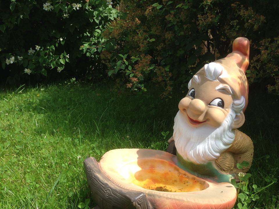 garden-gnome-955791_960_720.jpg
