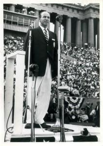 George Worth reciting the Oath of Athletes at the 1959 Pan American Games