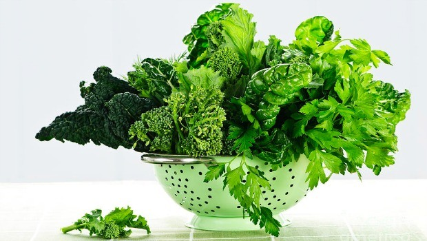 خضروات ورقية للتخلص من دهون البطن