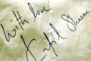 kapil sharma signature