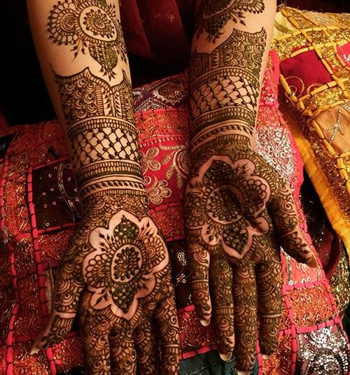 Simple Indian Mehndi Designs for Wedding