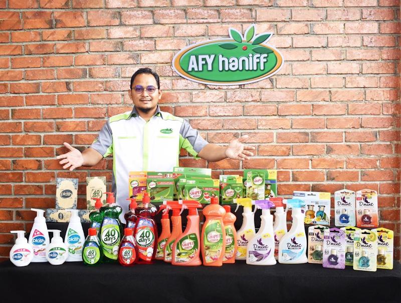AFY haniff Laksanakan Aktiviti Wangikan Rumah Ronald McDonald HUSM, Kubang Kerian