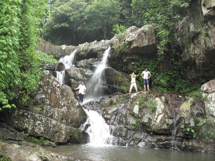 Tọa lạc trên địa bàn Nghĩa Phương, huyện Lục Nam.