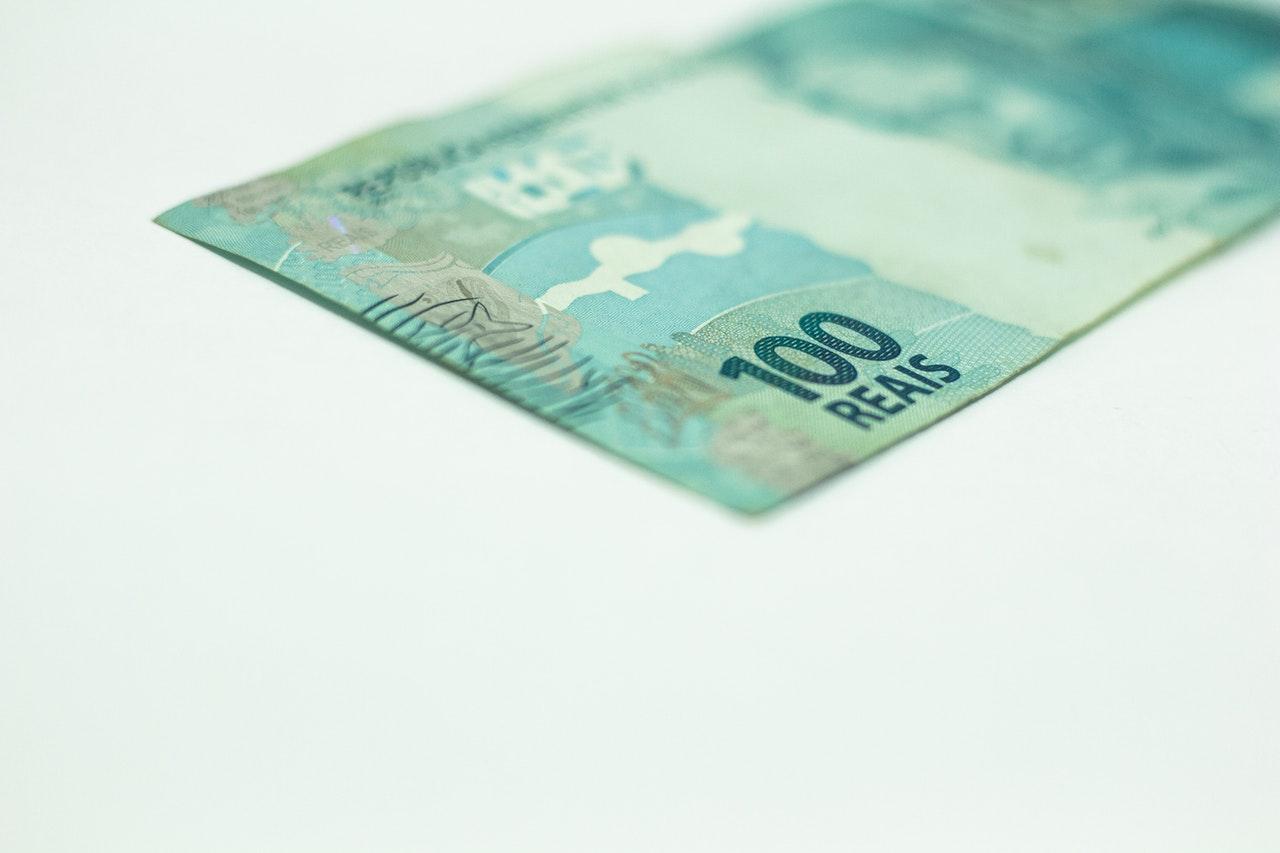 O novo Bolsa Família começa a partir de novembro, após o término do pagamento do auxílio emergencial.