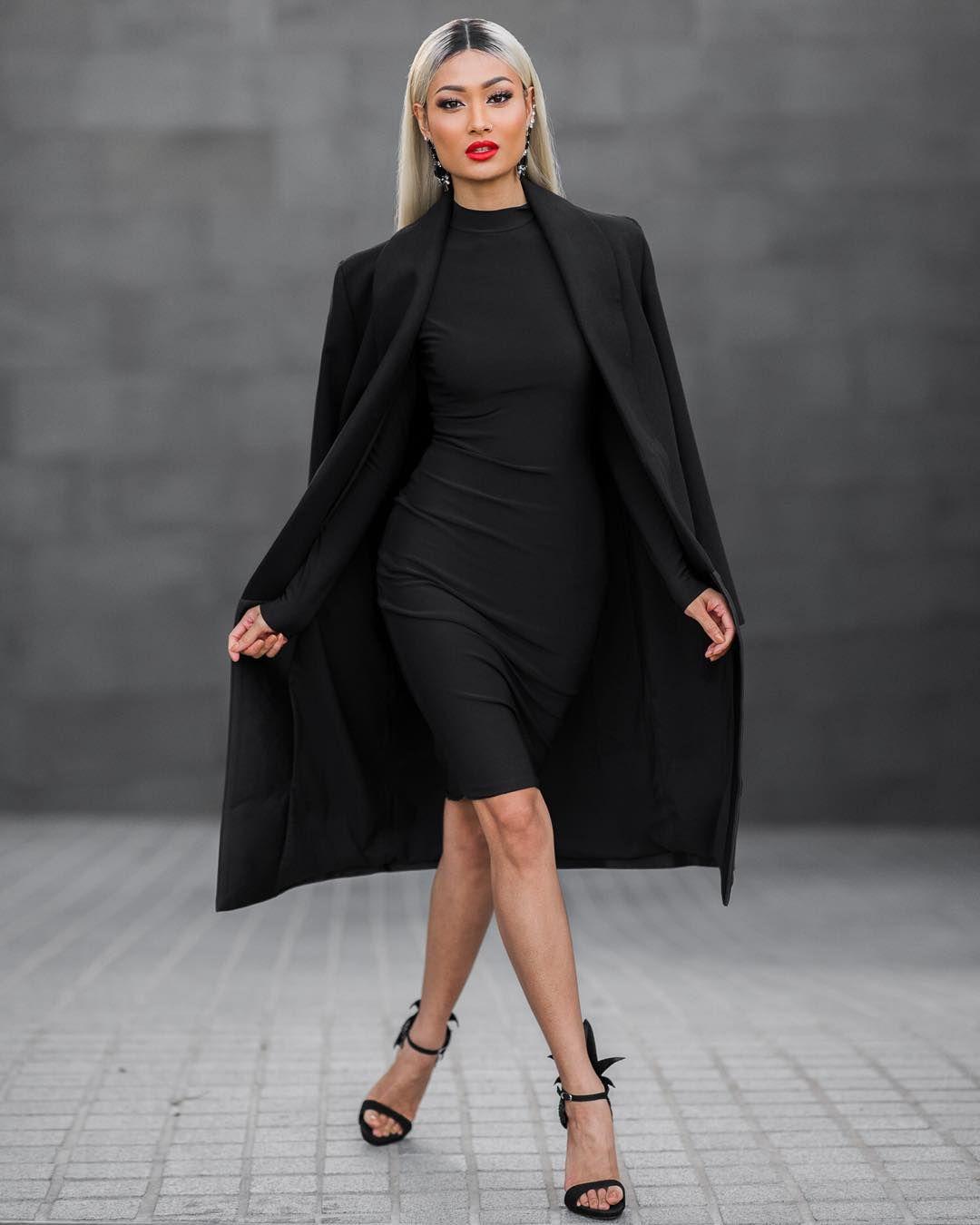 how to wear a bodycon dress
