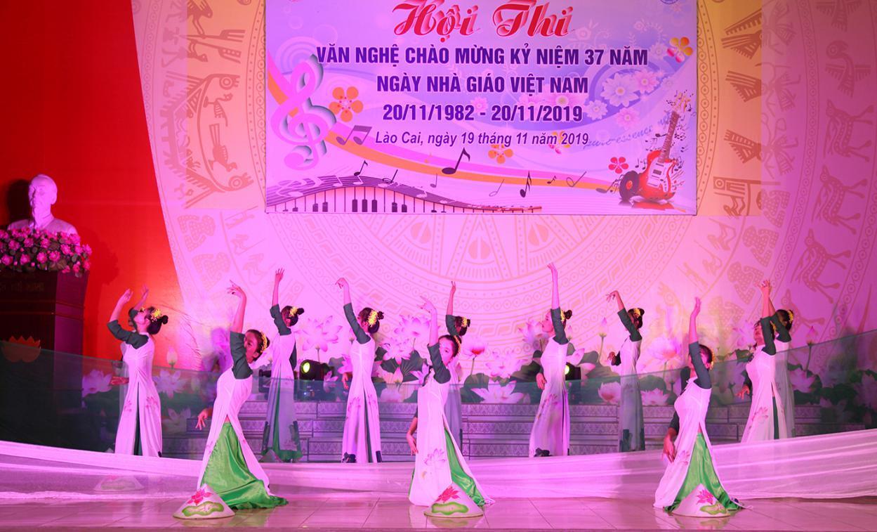 Hội thi văn nghệ chào mừng kỷ niệm 37 năm ngày Nhà giáo Việt Nam 20/11/1982 - 20/11/2019