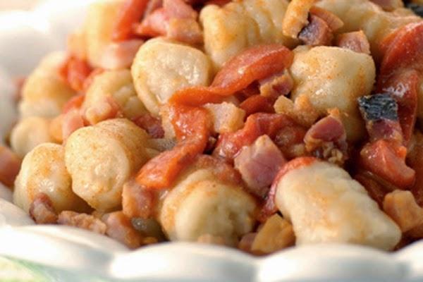 Nhoque com Pimentão e Bacon
