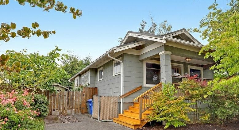 Home for sale in Rose City Park, OR