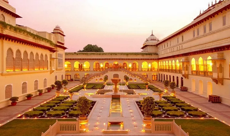 Luxury Golden India Tour