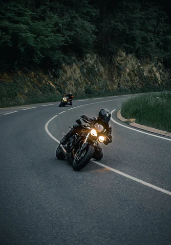 ¿Cómo elegir el mejor seguro para motos?
