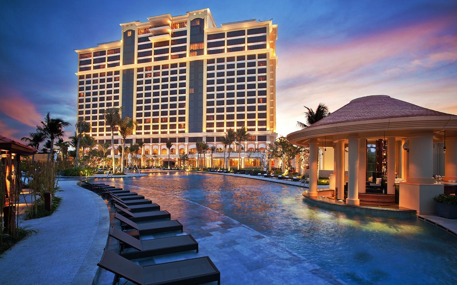 Khu nghỉ dưỡng The Grand Hồ Tràm Strip Resort