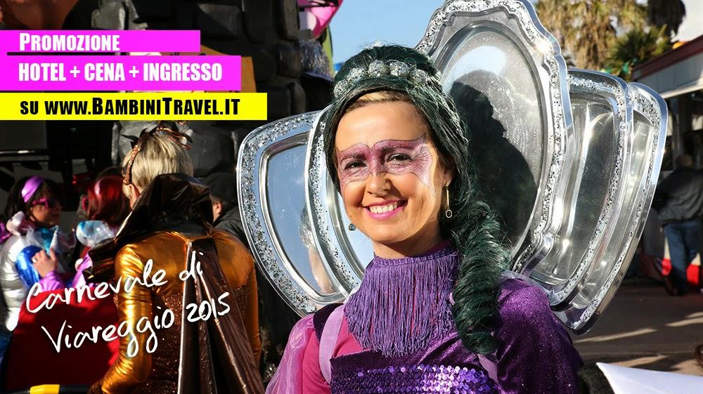 Figuranti al Carnevale di Viareggio 2015
