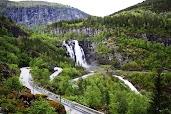 Мимо водопада Skjervsfossen