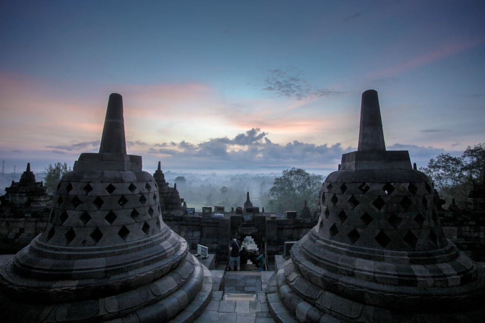 /Volumes/MAYANGWORK/KEMENPARKRAF/DIY/DIY/CANDI BOROBUDUR/APPS/VIRTUAL TOUR/ALL FOTO/Borobudur-000007.jpg