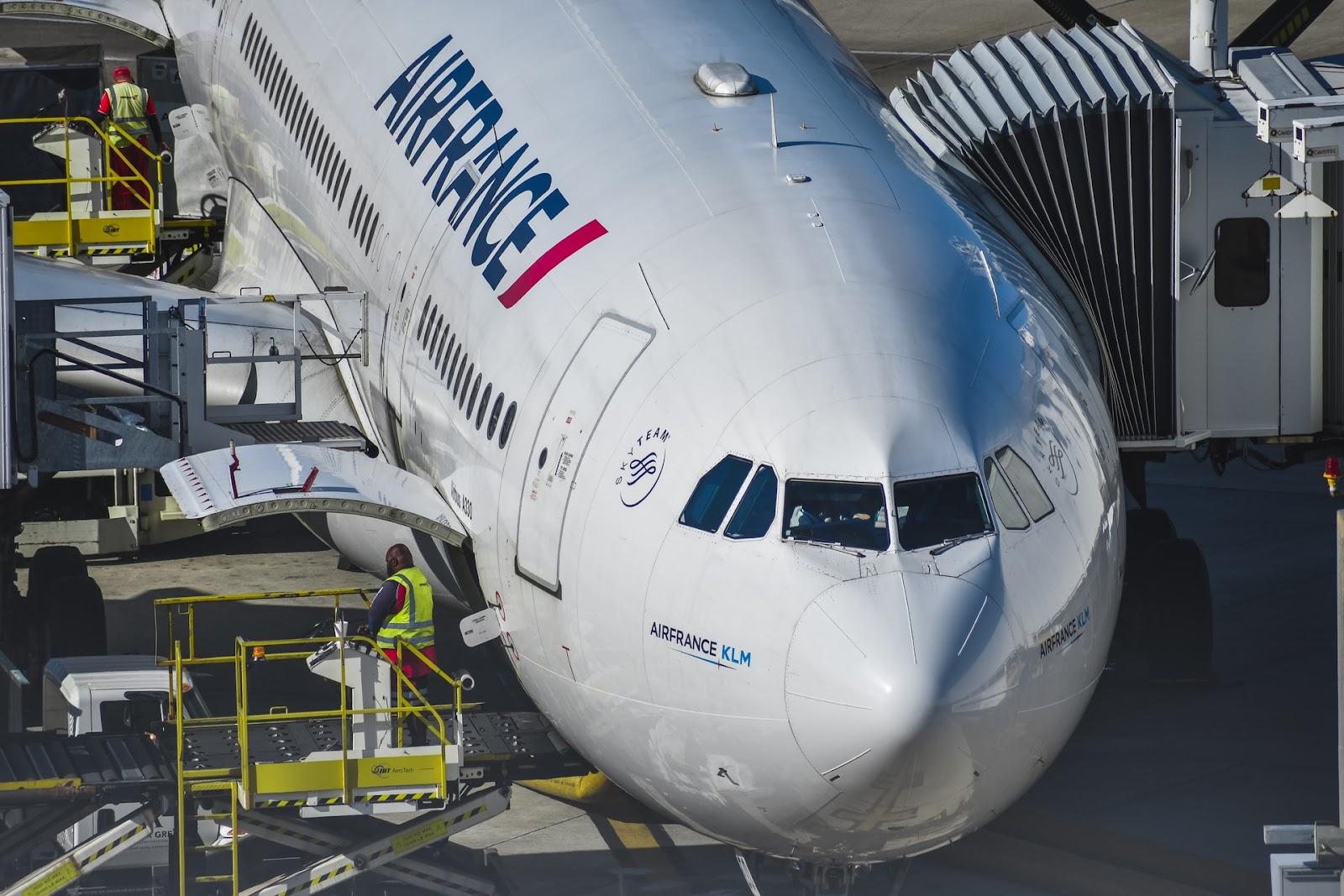 Was lerne ich während des Studiums Aviation Management?