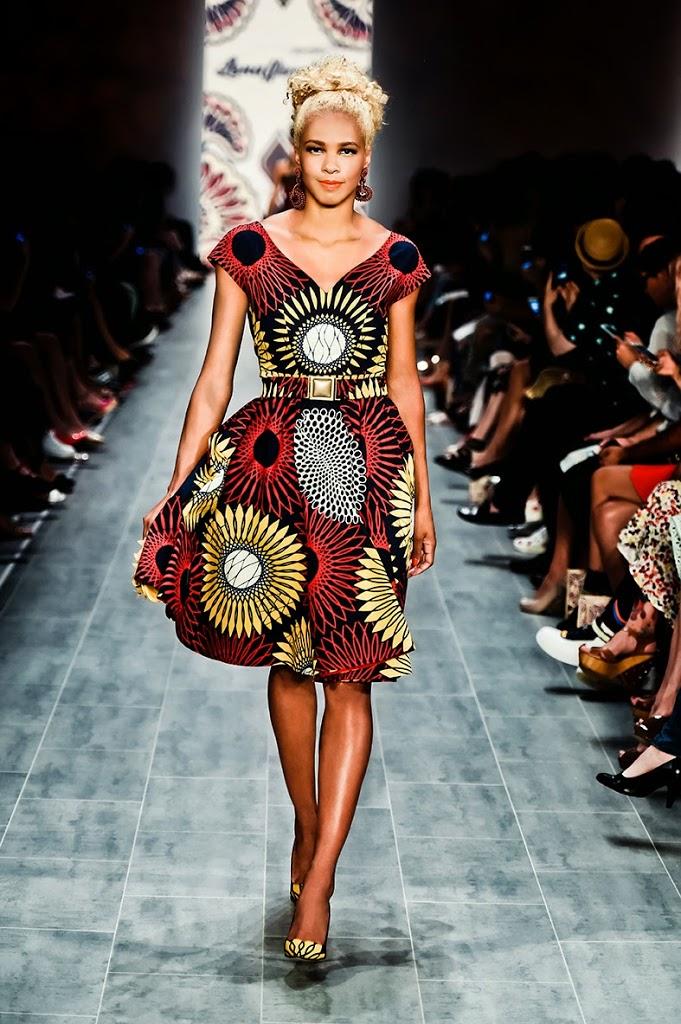 10_K-MB_LenaHoschek_Runway_Fashionweek_SS15-92-.jpg