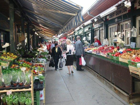 market-1240544.jpg