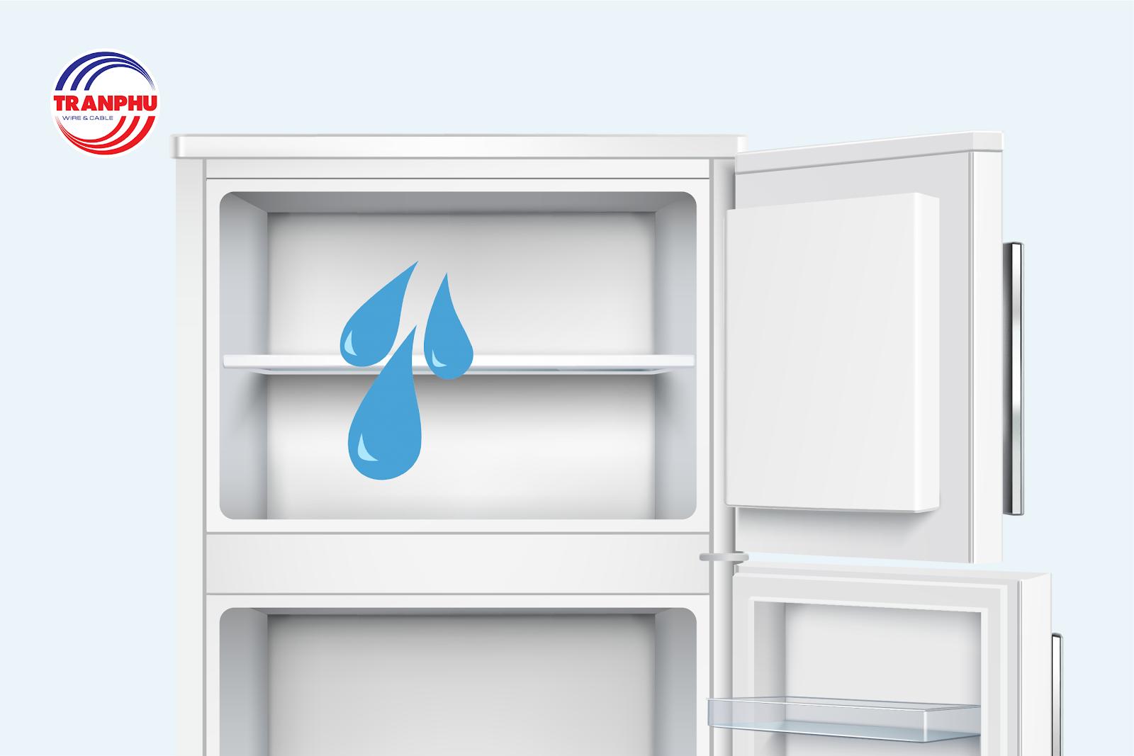 Tủ lạnh không mát khiến đá không đông dẫn đến rò rỉ nước