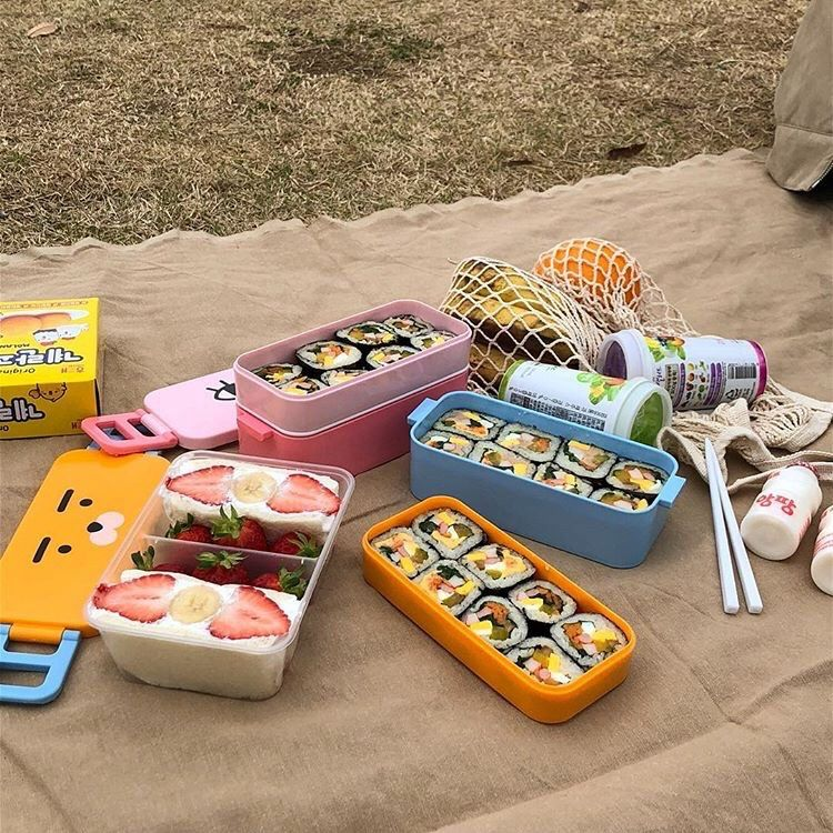 TASTE OF CHILDHOOD IN BENTO BOXES