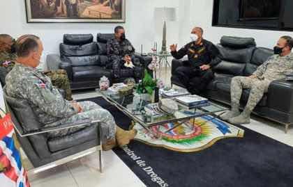 Presidente de la DNCD se reúne con altos mandos Militares y Policía Nacional para trazan estrategia contra el narcotráfico y el crimen organizado