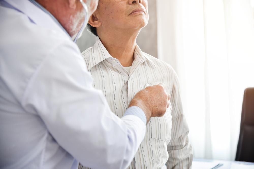 Risco de disseminação de covid-19 fez diminuir a realização de diagnósticos e de tratamentos de câncer. (Fonte: Shutterstock)
