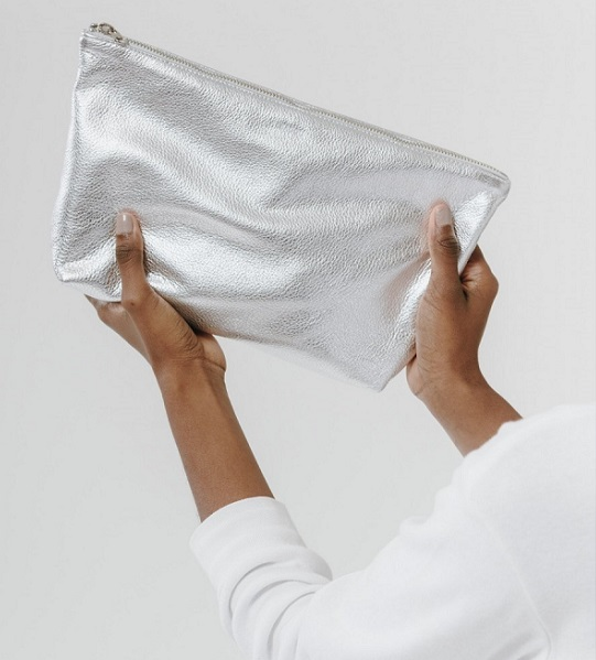 CROPPEDsilver_large_cosmetic_pouch_bag.jpg
