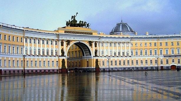 http://www.soyviajes.com/imagenes/2014/08/San-Petersburgo-2.jpg