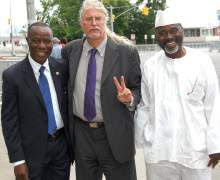 Civil Rights attorney Ron Kuby (center)