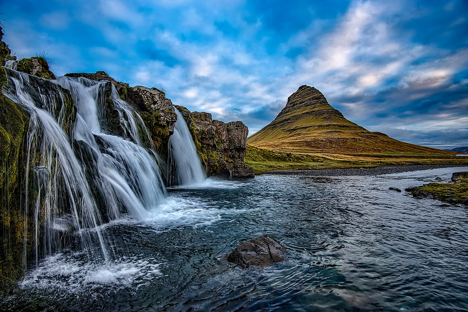 iceland-travel-scenery, pixabay