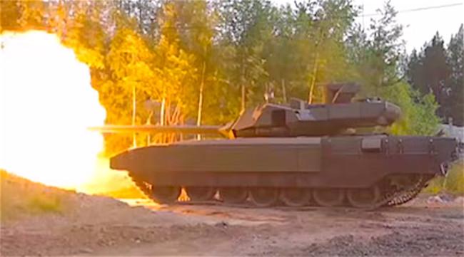 Hình ảnh hiếm hoi T-14 Armata khai hỏa.