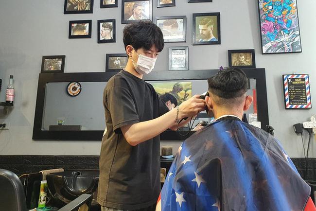Từ 1/8, kinh doanh cắt tóc, gội đầu, karaoke, vũ trường, bi-a... phải đóng thuế 7%