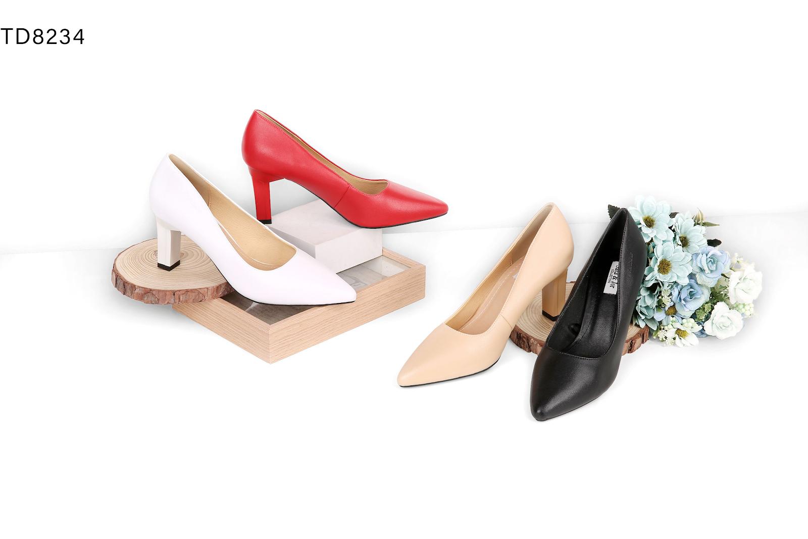 Các mẫu giày dép đa dạng hiện đại