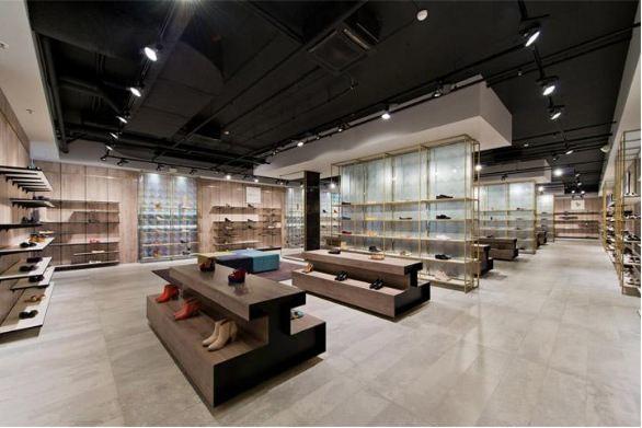Showroom được thi công nội thất hoàn thành