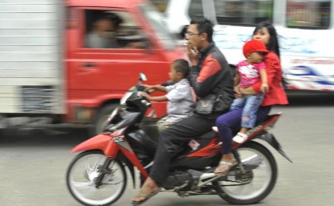 disiplin-pengemudi-sepeda-motor.jpg