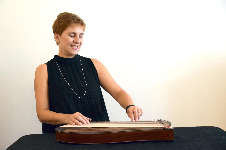 Cornelia Mayer, www.zitherinthecity.com